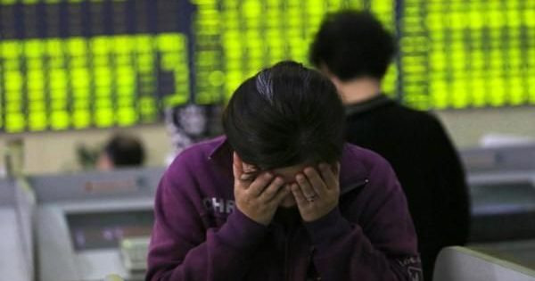World economy: China crisis triggers panic on global markets